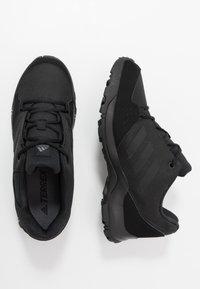 adidas Performance - TERREX HYPERHIKER LOW UNISEX - Trekingové boty - core black/grey five - 0