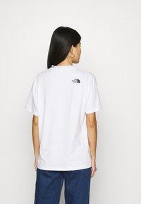 The North Face - ZUMU TEE - Jednoduché triko - white - 2