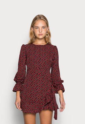 JOSSA YELLOW FLORAL PRINT MINI DRESS - Kjole - black