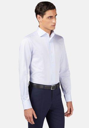 REGULAR FIT - Zakelijk overhemd - light blu