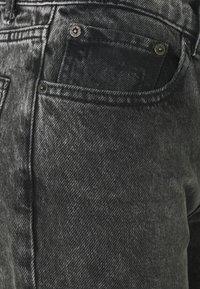 Boyish - TOMMY - Jeans a sigaretta - toxic avenger - 2