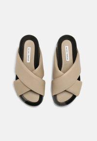 Oa non fashion - Pantofle - marmo stone - 4