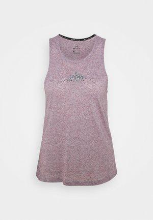 CITY SLEEK TANK TRAIL - Sports shirt - team red/iron grey heather/reflective silver