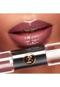 KIKO Milano - UNLIMITED DOUBLE TOUCH - Liquid lipstick - 104 sangria - 1