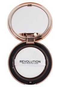 Make up Revolution - CONCEAL & DEFINE POWDER FOUNDATION - Foundation - p18 - 2