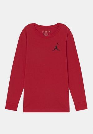 JUMPMAN AIR - Långärmad tröja - gym red