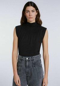 SET - MIT SMOKDETAIL - Print T-shirt - black - 0