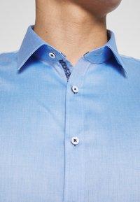 OLYMP - OLYMP NO.6 SUPER SLIM FIT  - Koszula biznesowa - blau - 5