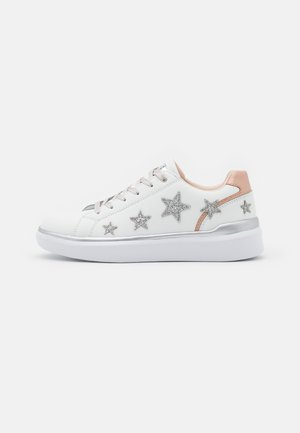 CHARLOTTE - Trainers - silver