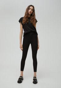 PULL&BEAR - Jeansy Skinny Fit - black - 1