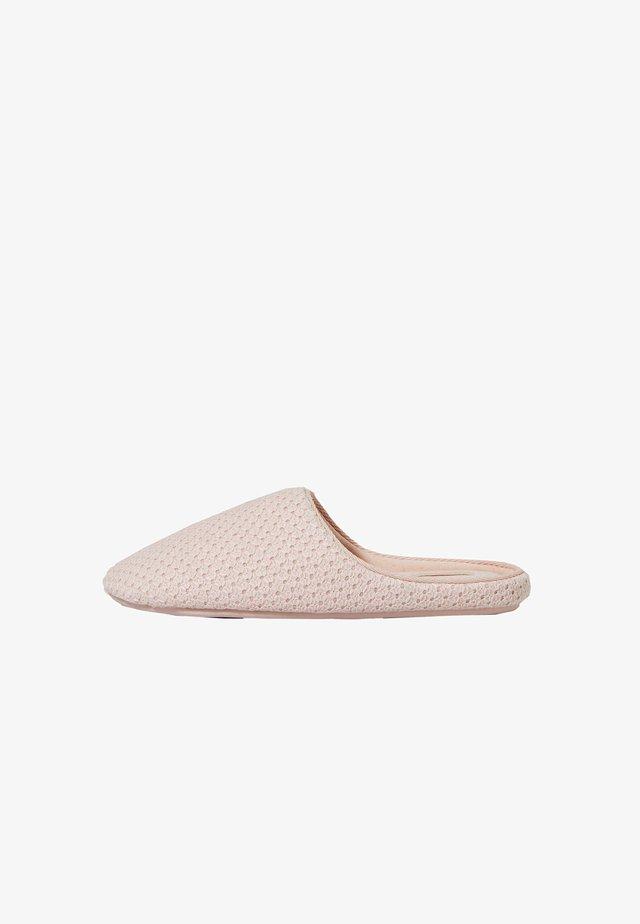 MIT MUSTER  - Pantofle - pink