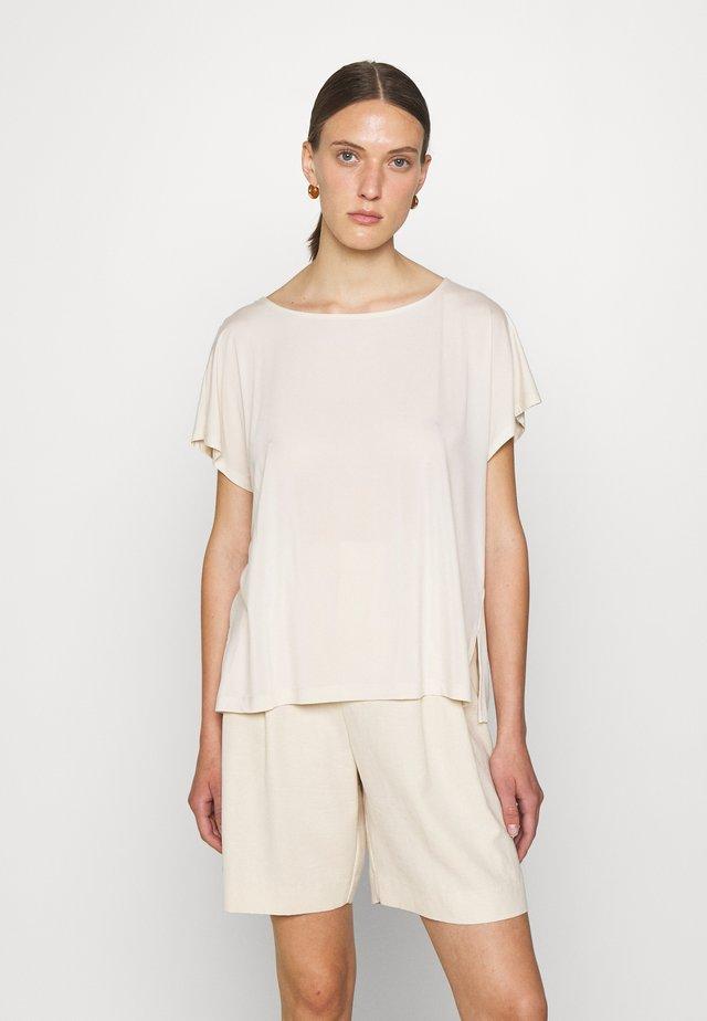 KIMANA - Camiseta básica - ecru