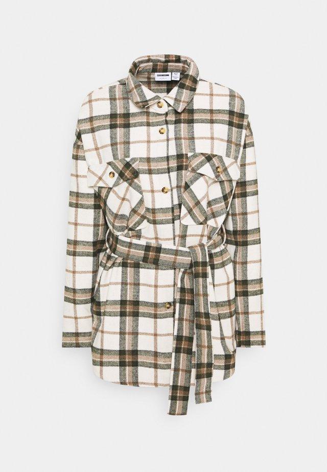 NMFLANNY BELTED SHACKET - Short coat - pristine