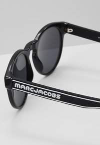Marc Jacobs - Solbriller - black - 2