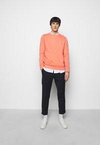 PS Paul Smith - MENS REGULAR FIT - Sweatshirt - peach - 1