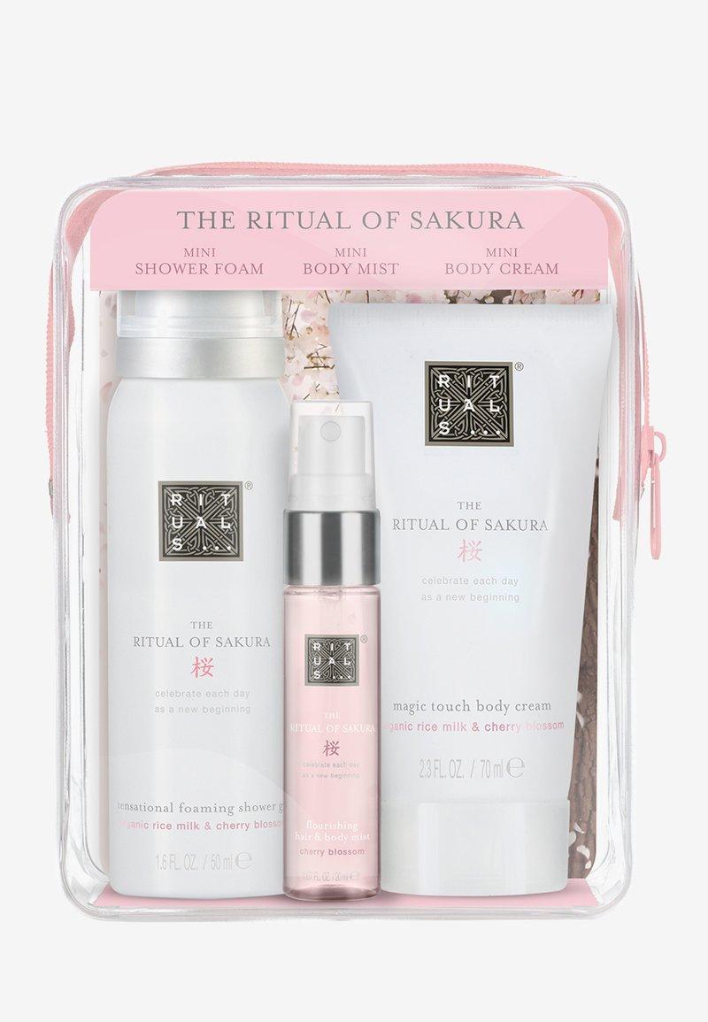 Rituals - BEAUTY TO GO - SAKURA POUCH - Bath and body set - -