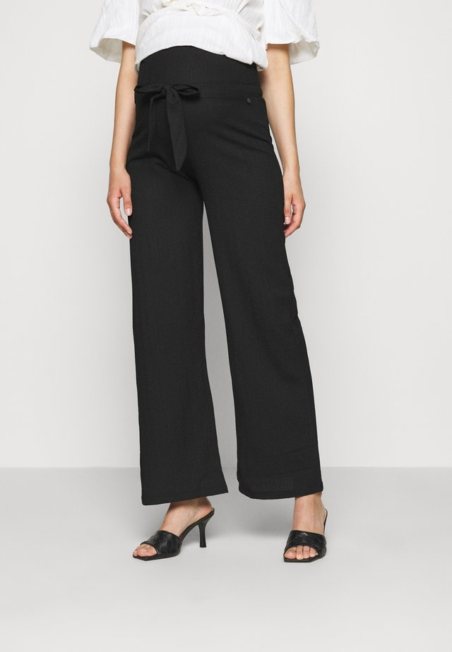 PANTS CRINCLE - Trousers - black