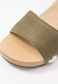 Softclox - PENNY - Clogs - nature/oliv - 2