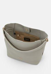 Furla - GRACE  - Handbag - ghiaccio - 3