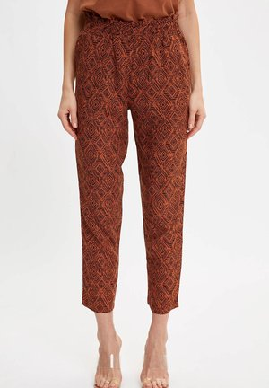 Trousers - orange