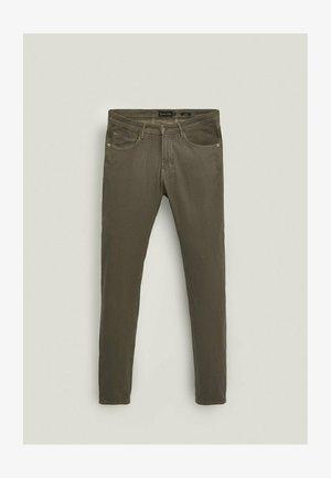 IM CITY - Slim fit jeans - beige