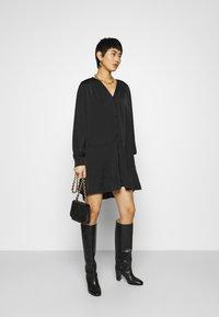 Samsøe Samsøe - JETTA SHORT DRESS - Day dress - black - 1