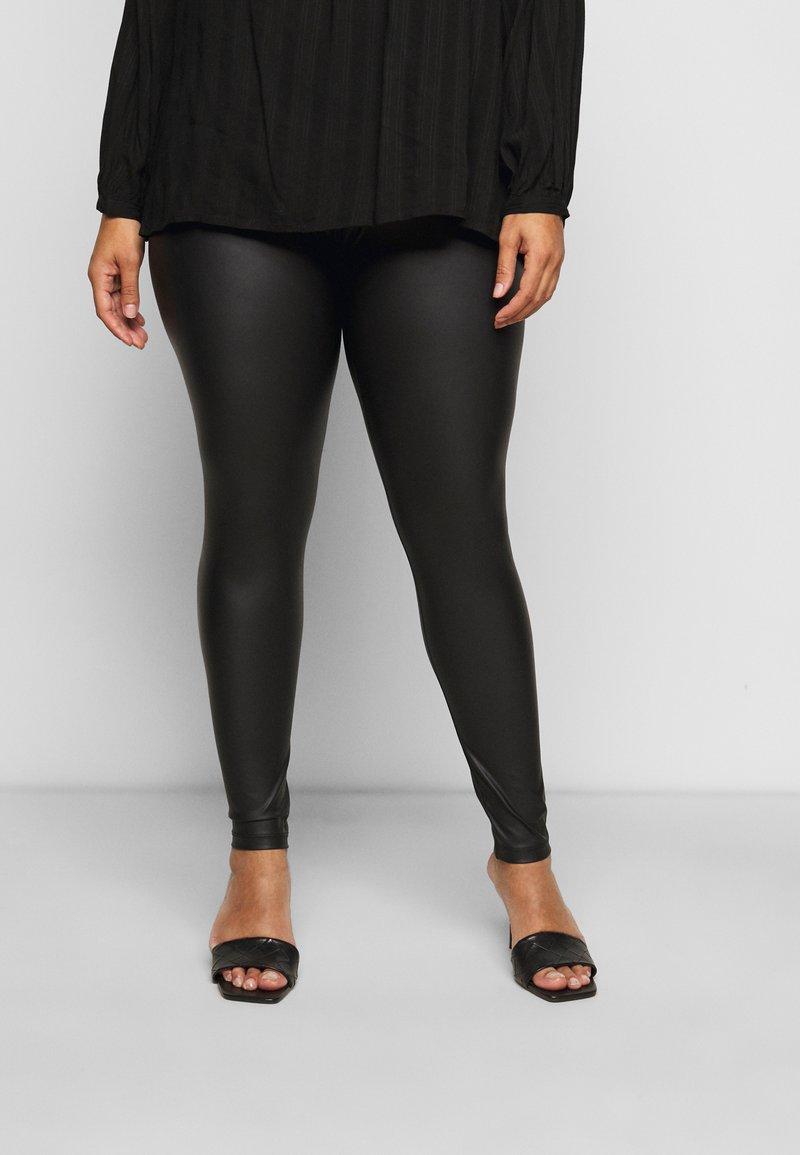 Pieces Curve - PCNEW SHINY - Leggings - Trousers - black