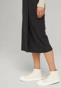 TOM TAILOR DENIM - Wrap skirt - mottled grey - 3