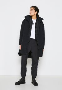 adidas Performance - MYSHELTER 4IN1 PARKA - Parkatakki - black - 2