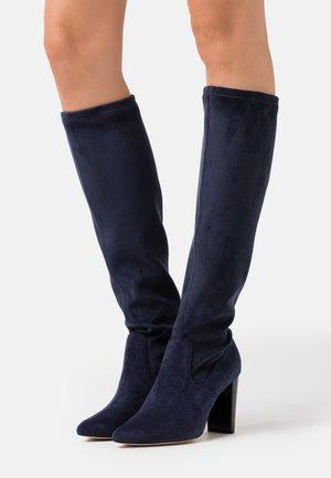 High heeled boots - ocean