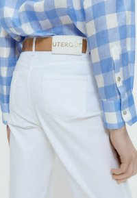 Uterqüe - Straight leg jeans - white - 4