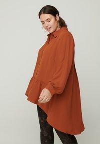 Zizzi - Button-down blouse - brown - 0