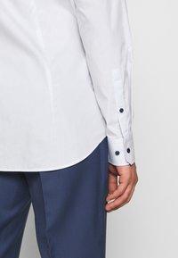 JOOP! - PANKO - Formální košile - white - 3