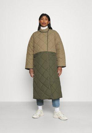BABY MAMA JACKET - Cappotto classico - forrest green/khaki