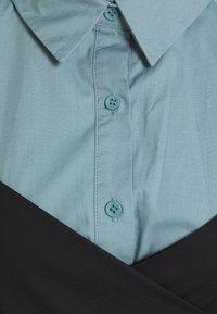 Missguided - TIE WRAP DETAIL DRESS - Košilové šaty - baby blue - 2