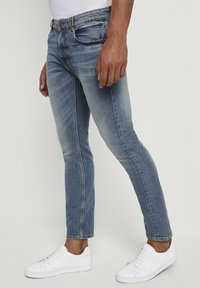 TOM TAILOR - Slim fit jeans - mid stone bright blue denim - 5
