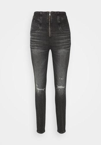 KAT SKINNY - Jeans Skinny Fit - grey denim