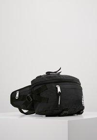 Indispensable - WAIST BAG ATTACH - Vyölaukku - black - 3
