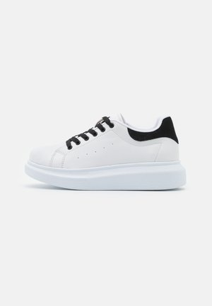 CASUAL NEWNESS  - Sneakers laag - white/black