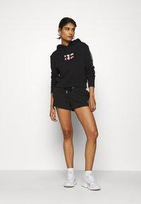 Calvin Klein Jeans - BACK LOGO - Verryttelyhousut - black - 1