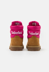 Timberland - PREMIUM - Lace-up ankle boots - wheat/pink - 2