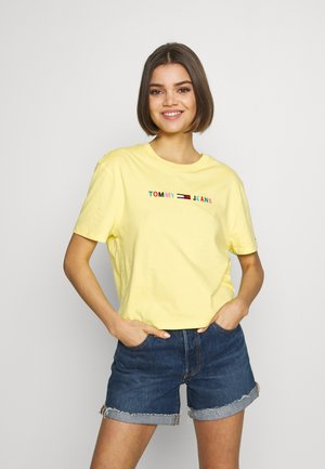 COLORED LINEAR LOGO TEE - Print T-shirt - frozen lemon
