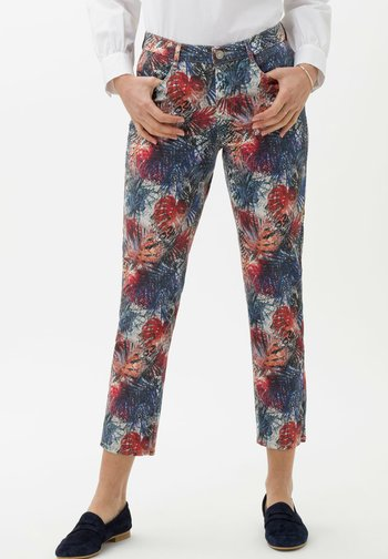 STYLE MARY  - Slim fit jeans - clean coral
