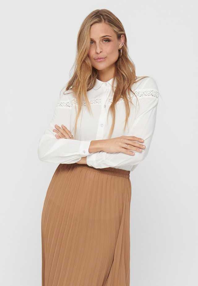 JDYROSALINA - Button-down blouse - white