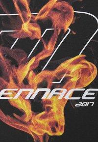 Mennace - FIRE HOODIE - Sweatshirt - black - 6