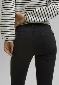 Esprit - MR CAPRI - Trousers - black - 6
