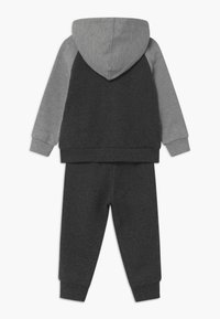 Converse - COLORBLOCK DINO SET - Tracksuit - black heather - 1