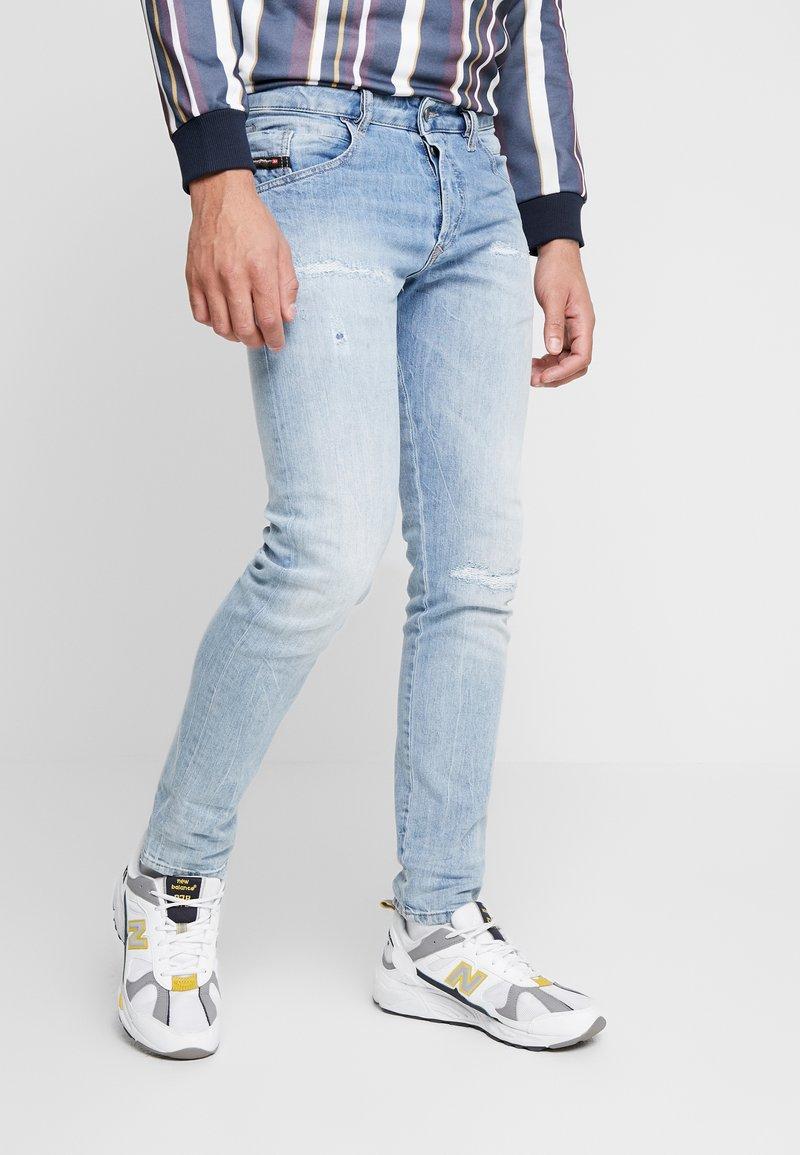 Diesel - D-BAZER - Slim fit jeans - 0095v01