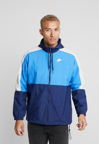 Nike Sportswear - Training jacket - midnight navy/pacific blue/light bone/white - 0