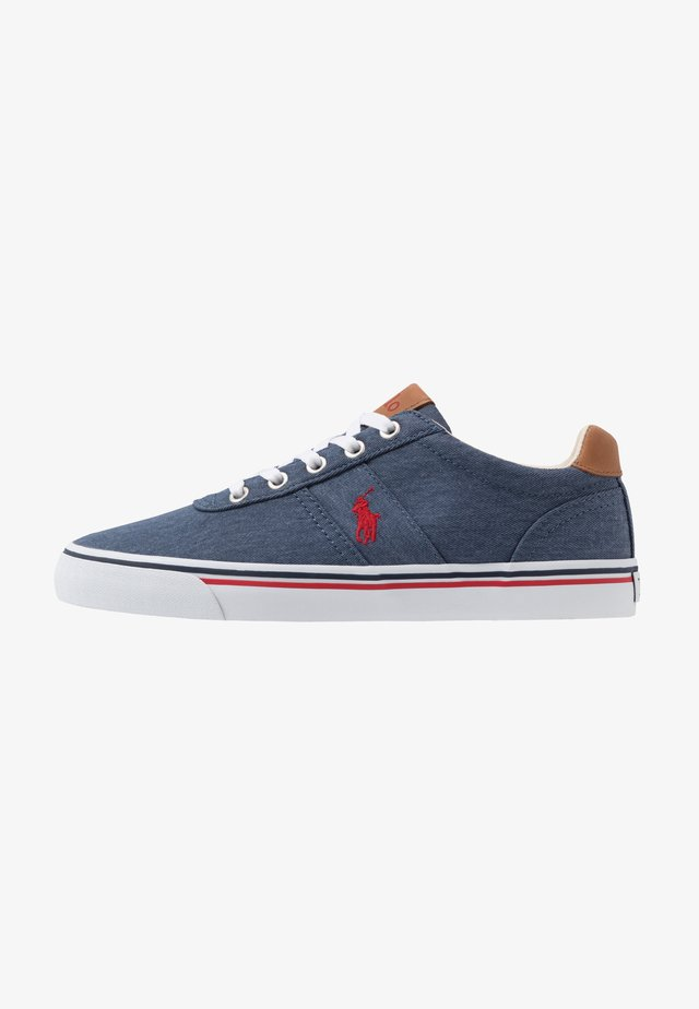 HANFORD - Trainers - newport navy/red
